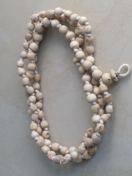 Japa Beads - Tulsi. [Medium Size]